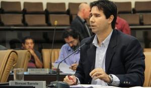 Hernani Barreto pede revisão em projeto de venda da Escola Agrícola de Jacareí