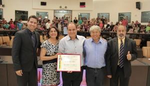 Câmara concede título de Cidadão Jacareiense a Edis Alves Abrantes Junior