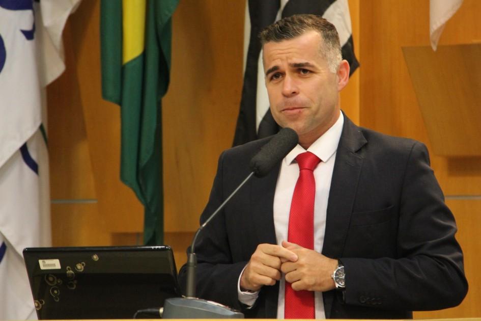 Luís Flávio apresenta indicações para otimizar trânsito na região norte