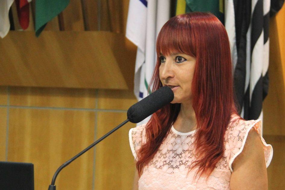 Sônia requisita ao prefeito medidas de preservação ambiental e inclusão social