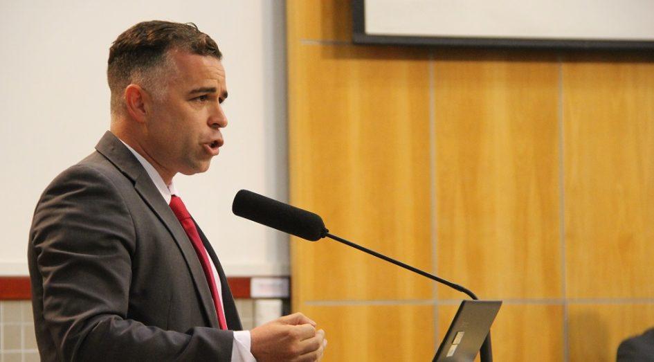 Luís Flávio quer mais nutricionistas para saúde preventiva em Jacareí