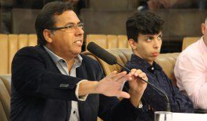 Arildo quer manutenção em área de lazer do EducaMais Parque Santo Antônio