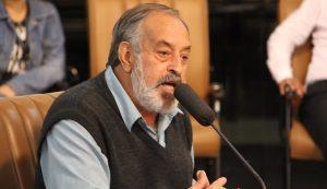 Valmir questiona falta de instalação de faixa de pedestre em frente ao EducaMais Centro