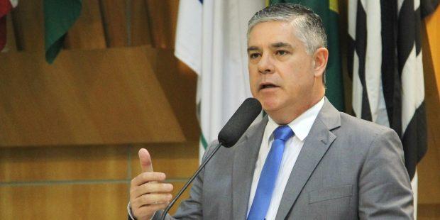 Fernando quer esclarecimentos em relação à falta de manutenção em EducaMais
