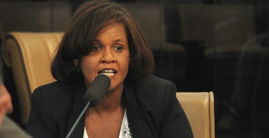 Márcia cobra da Prefeitura informações sobre execução de emendas impositivas