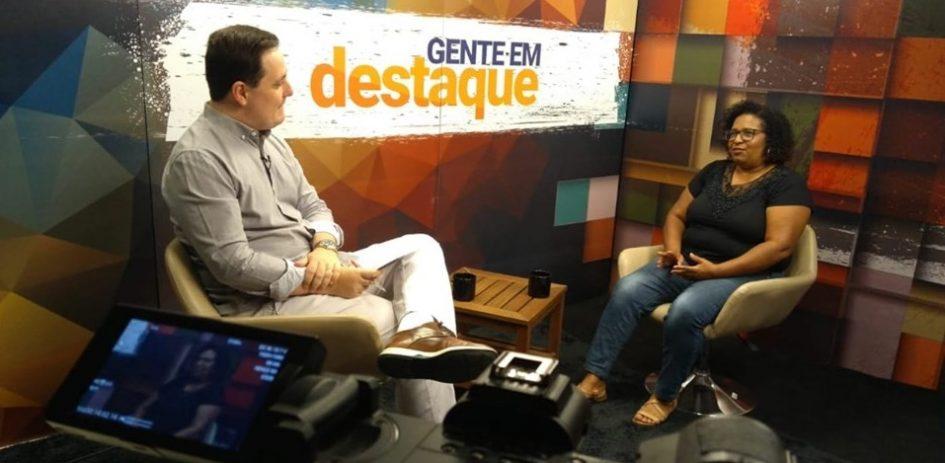 Gente em Destaque recebe professora que tem projeto social no Santo Antônio da Boa Vista
