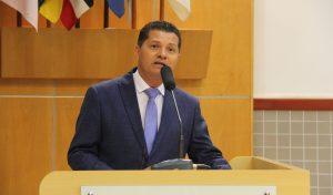 Prefeito quer isenção do pagamento de água e esgoto a famílias de baixa renda