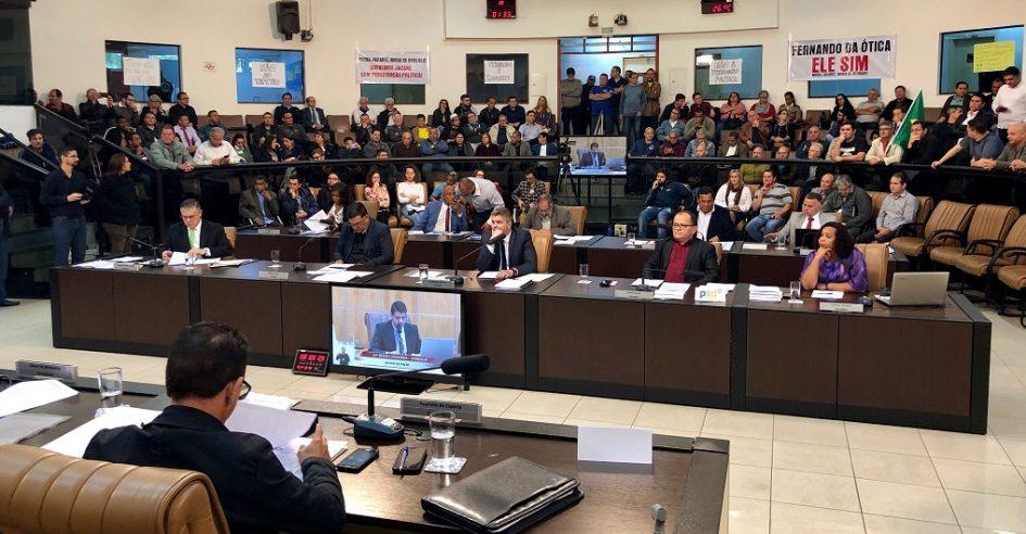 Plenário vota parecer de Comissão Processante contra vereador Fernando da Ótica
