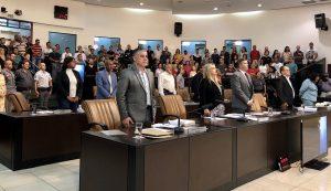 Câmara aprova Orçamento de 2020 e adia nova alteração no horário das sessões