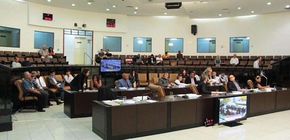 Em primeira discussão, Câmara aprova Lei Orçamentária Anual para 2020 em Jacareí