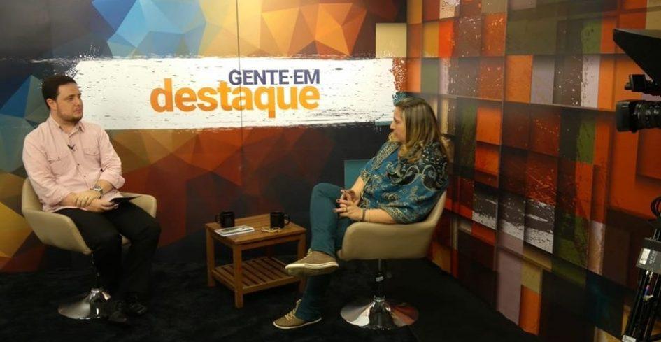 Gente em Destaque aborda trajetória da escritora Salette Granato