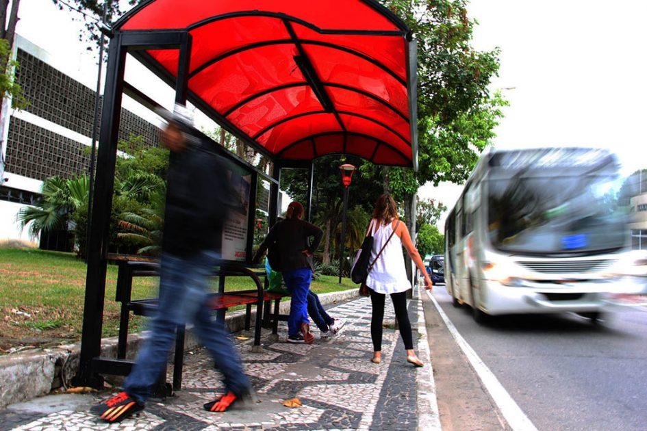 Vereadores aprovam subsídio à JTU, mas rejeitam limite de gratuidade para idosos
