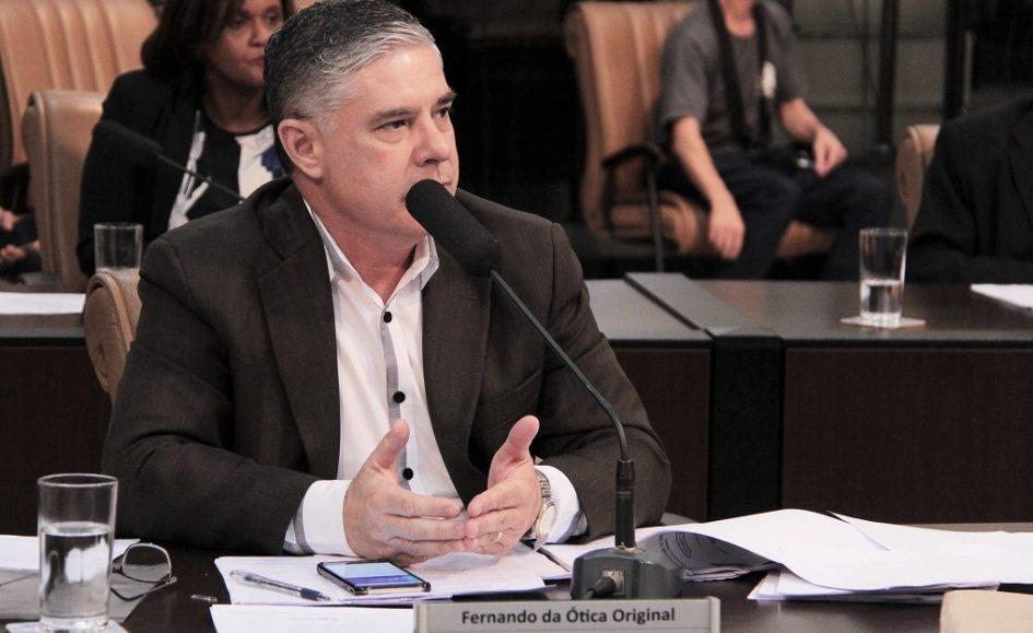 Fernando solicita ao DER implantação de faixas elevadas na Nilo Máximo