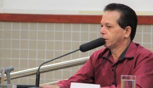 Paulinho do Esporte solicita uso de pista de corrida em escola por atletas