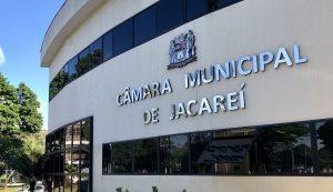 Câmara vota suspensão de validade de concursos público durante pandemia