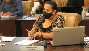 Lucimar questiona prefeito sobre alagamentos de casas na 'Bica do Boi'