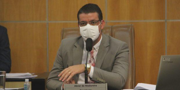 Abner apresenta pedidos de manutenção para o bairro Cidade Nova Jacareí