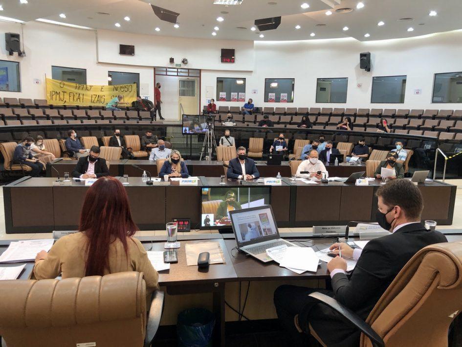 Câmara de Jacareí aprova projeto sobre suspensão de repasse ao IPMJ