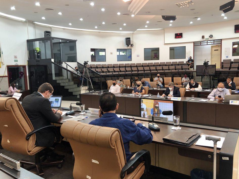 Câmara adia projeto que obriga fornecimento de intérpretes de libras em unidades de saúde de Jacareí