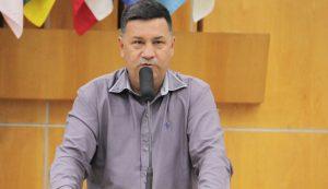 Aderbal solicita melhorias para bairros Igarapés e Imperial