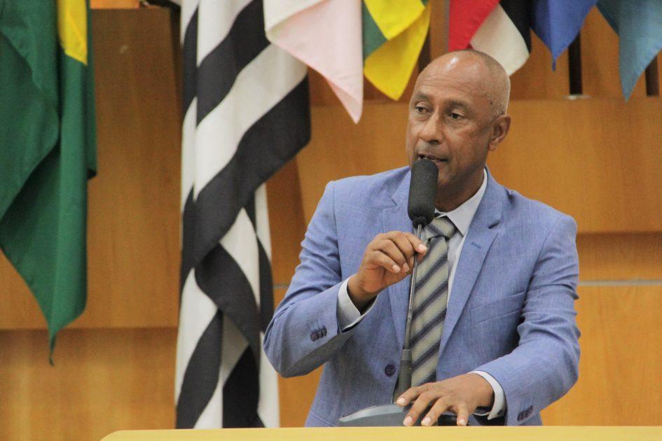 Em nova gestão, Paulinho fala em independência e popularização da Câmara Municipal