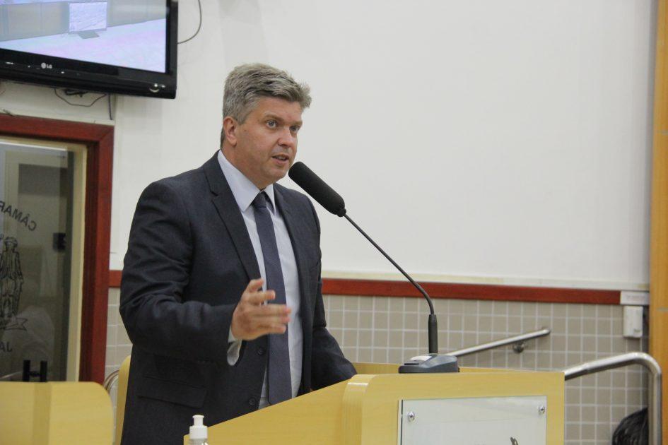 Dr. Rodrigo Salomon questiona prefeito sobre obras para contenção de enchentes de 2017 a 2020