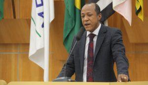 Rogério Timóteo questiona motivos de Prefeitura não aderir ao Sistema de Notificação Eletrônica