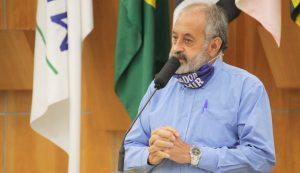 Valmir questiona Izaias sobre falta de rotatória em cruzamento no Parque Meia Lua