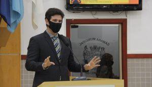 Hernani Barreto solicita instalação lombofaixas no centro