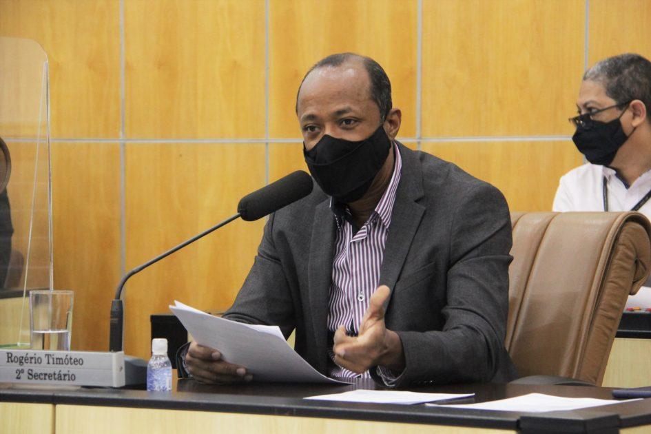 Rogério Timóteo pede que Prefeitura leve às comunidades informações sobre direitos dos cidadãos