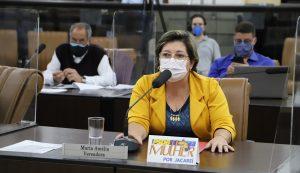 Maria Amélia pede isenção de taxa em Área Azul para idosos ou portadores de deficiência